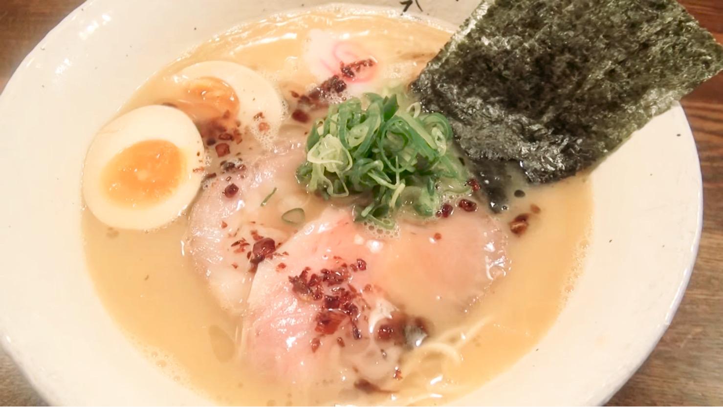 【麺屋 藤しろ】鶏白湯特製ラーメン (東京都品川区上大崎) 第165回