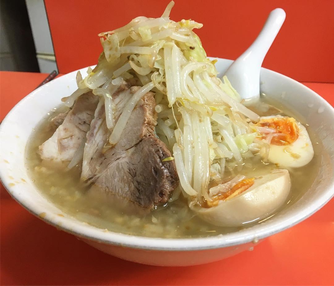 【いごっそう】豚入りラーメン、トッピング:煮玉子 (東京都練馬区関町南) 第742回