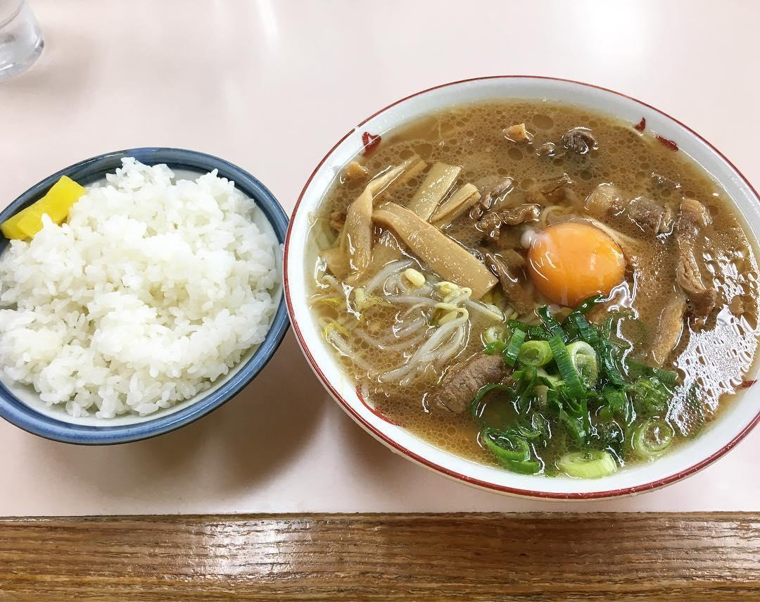 【いのたに 本店】中華そば(大:肉)+生玉子 (徳島県徳島市西大工町) 第400回
