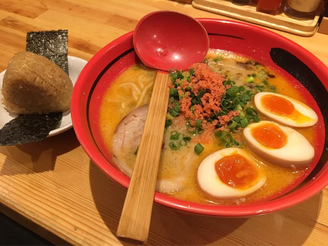 【えびそば一幻(いちげん)】そのまましお太麺、トッピング:味玉 (東京都新宿区西新宿) 第672回