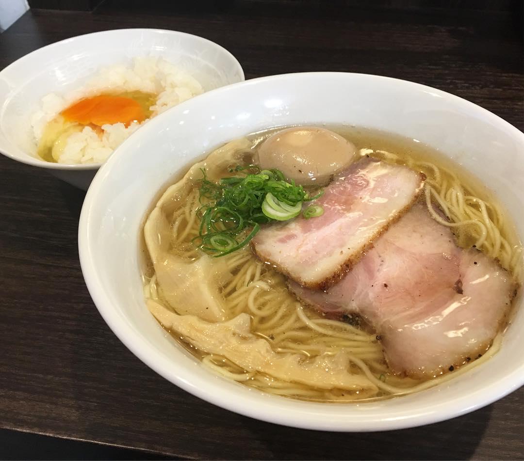 【かしわぎ】塩ラーメン、トッピング:味玉 (東京都中野区東中野) 第608回
