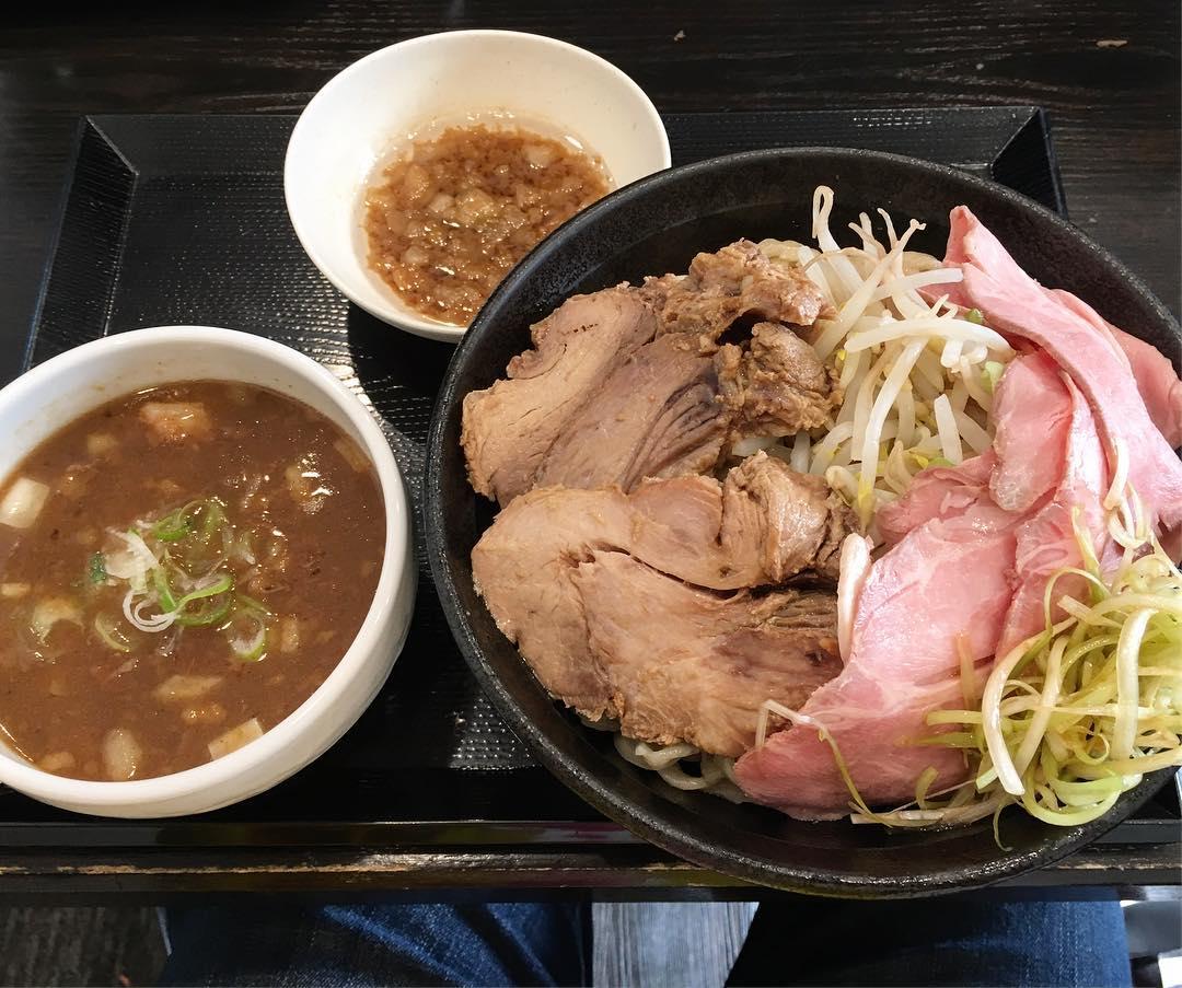 【つけ麺どでん】極・どろつけ麺(大) +豚増しMIX(埼玉県さいたま市大宮区) 第368回