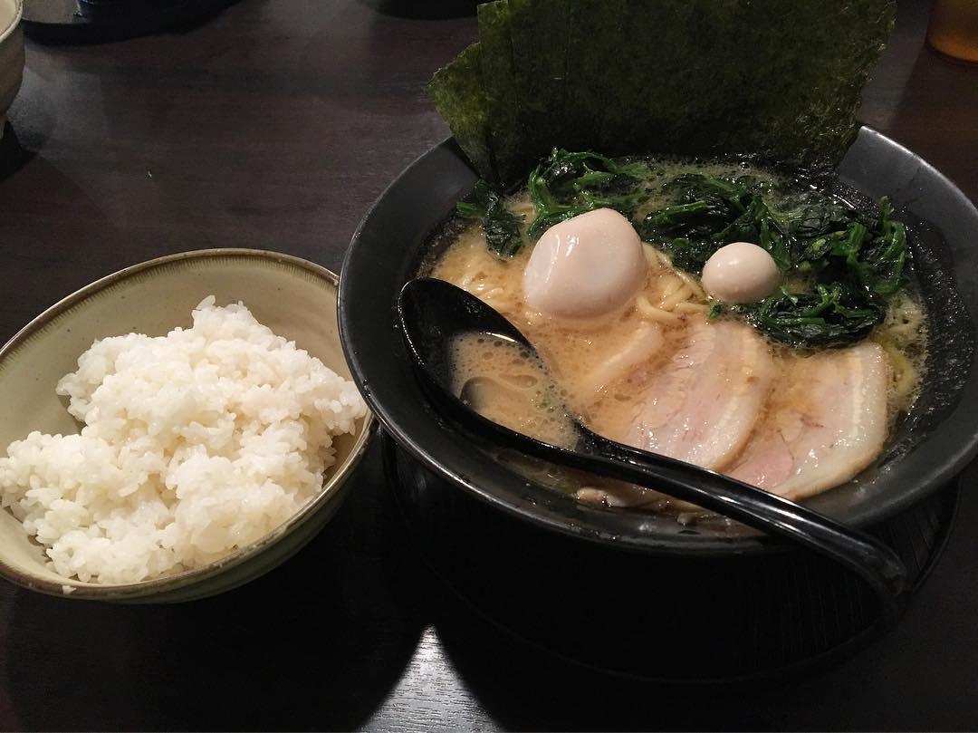【まんぷく家】特製ラーメン(醤油) (愛知県岡崎市井田南町) 第622回
