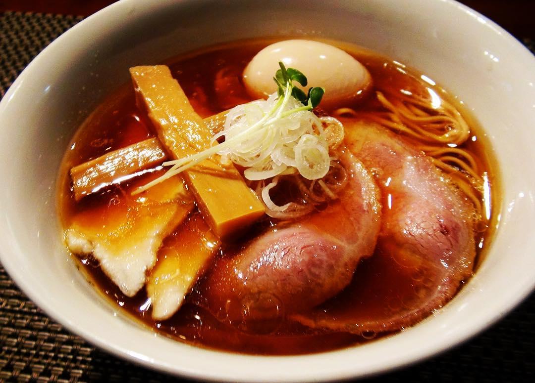 【らぁ麺やまぐち】特製 鶏そば+替え玉 (東京都新宿区西早稲田) 第226回
