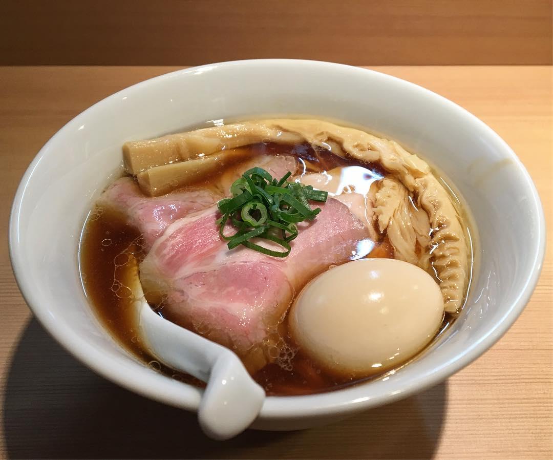 【らぁ麺 はやし田】特製醤油らぁ麺 (東京都新宿区新宿) 第796回
