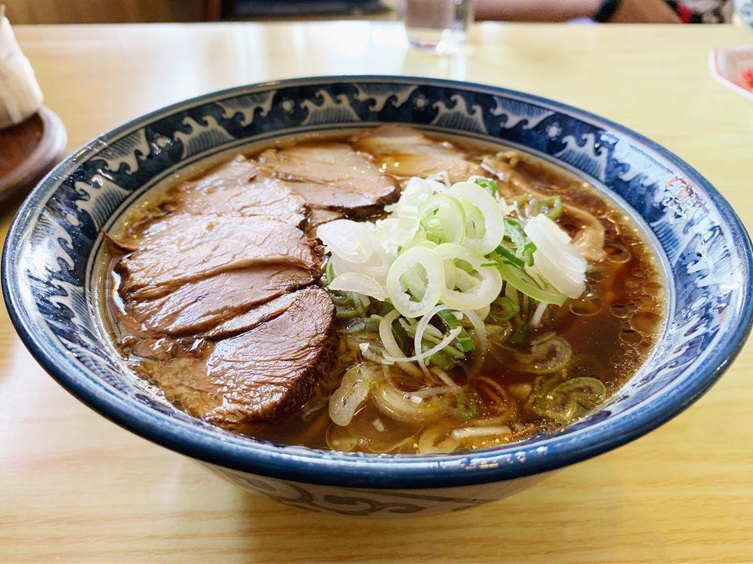 【アルプス食堂】チャーシュー麺 (山梨県韮崎市中田町) 第1316回
