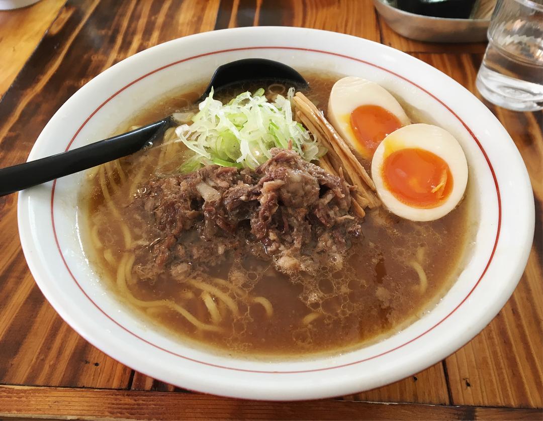【シマシマトム】牛骨正油ラーメン、トッピング:味玉 (東京都墨田区両国) 第838回