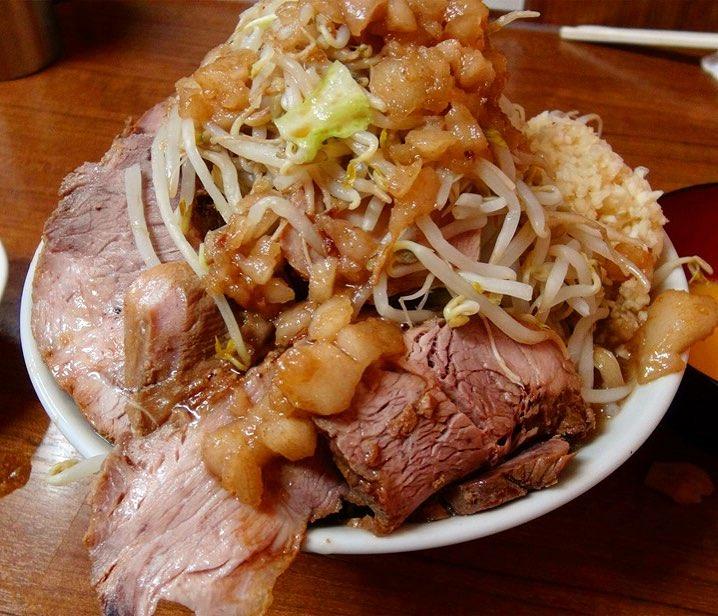 【ラーメン店 どでん】ラーメン+豚増し:ゆで卵:生卵 (埼玉県さいたま市緑区) 第317回