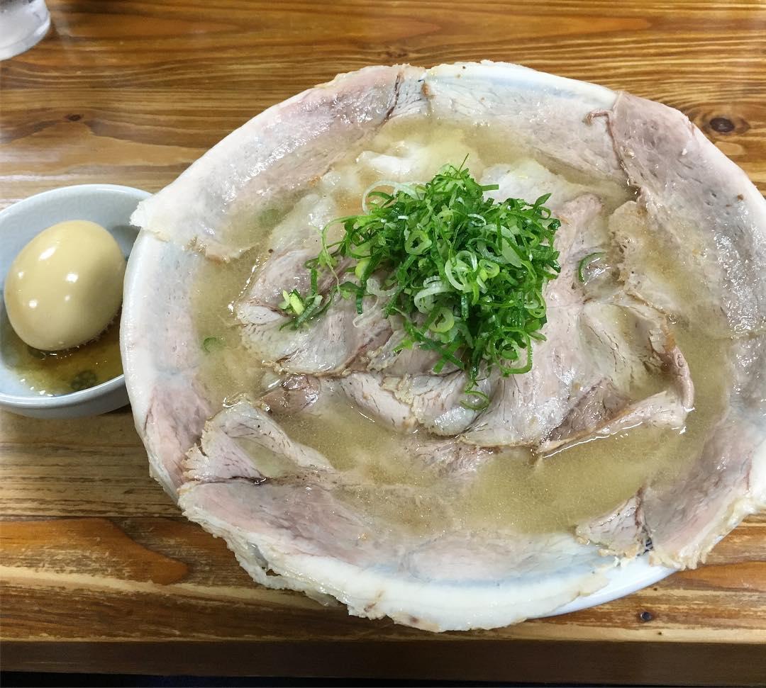 【中華そば 紅蘭】チャーシュー(大)+煮玉子 (山口県下松市駅南) 第408回