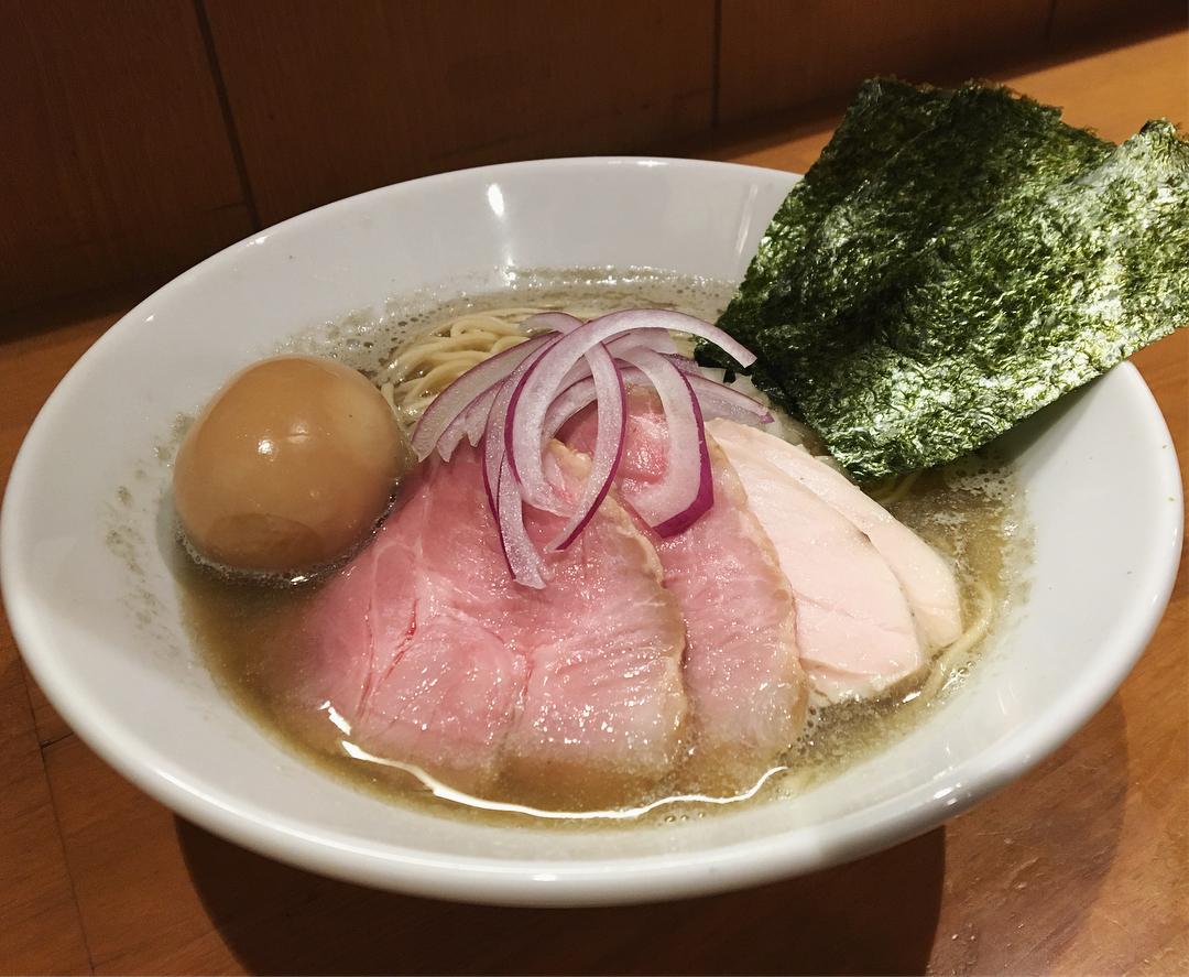 【亀戸煮干中華蕎麦 つきひ】特製中華蕎麦+和え玉 (東京都江東区亀戸) 第824回