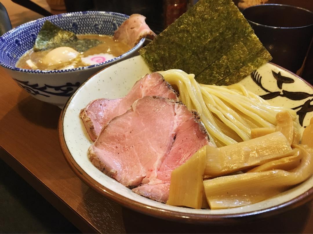【俺の麺 春道】特製つけ麺 (東京都新宿区西新宿) 第1134回