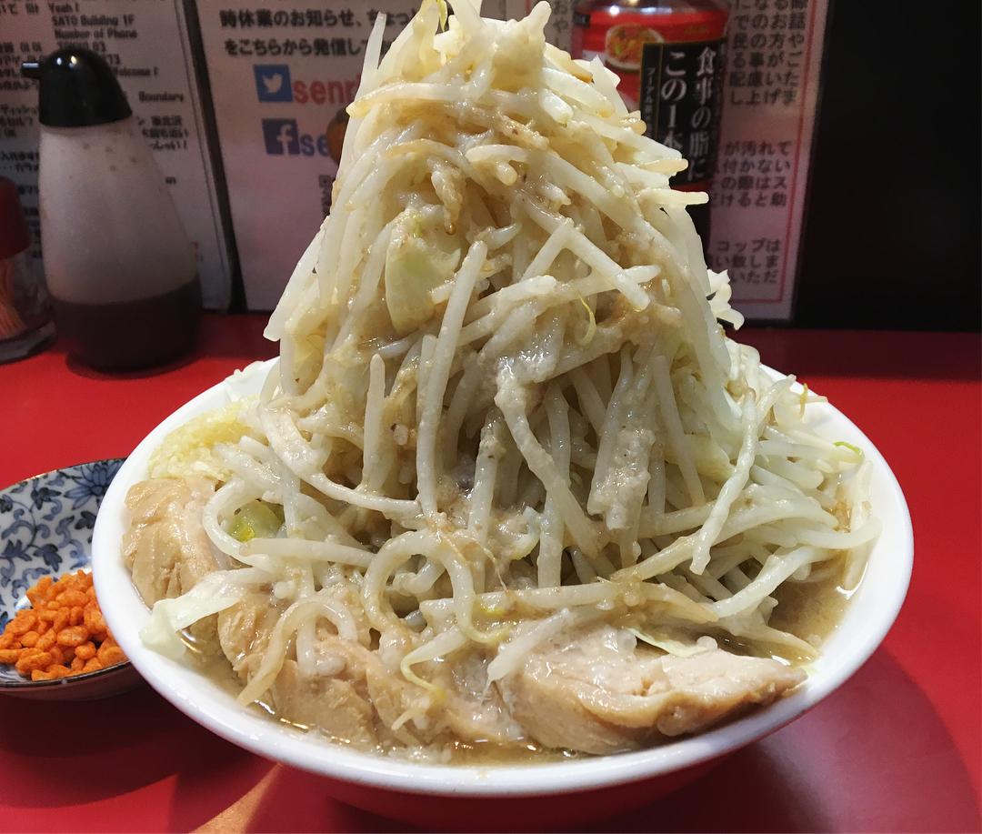 【千里眼】ラーメン+豚2枚追加:生たまご (東京都目黒区駒場) 第850回