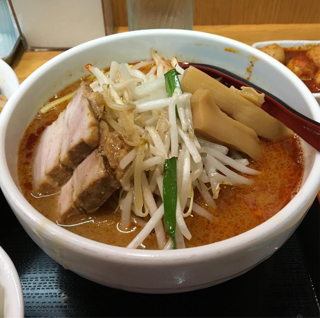【味噌麺処 花道】辛味噌ラーメン、トッピング:チンピラ玉子 (東京都中野区野方) 第666回