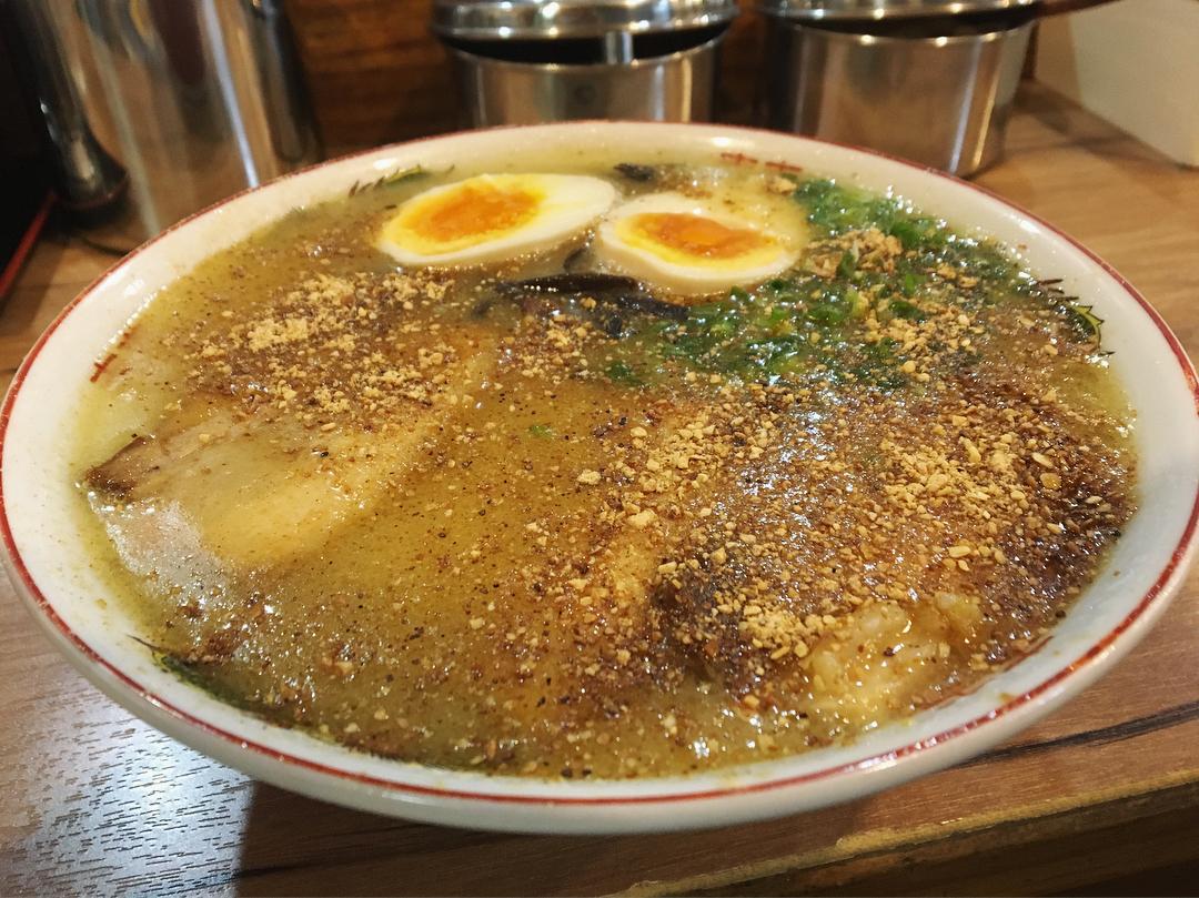 【天外天】ラーメン、トッピング:煮玉子 (熊本県熊本市中央区) 第980回