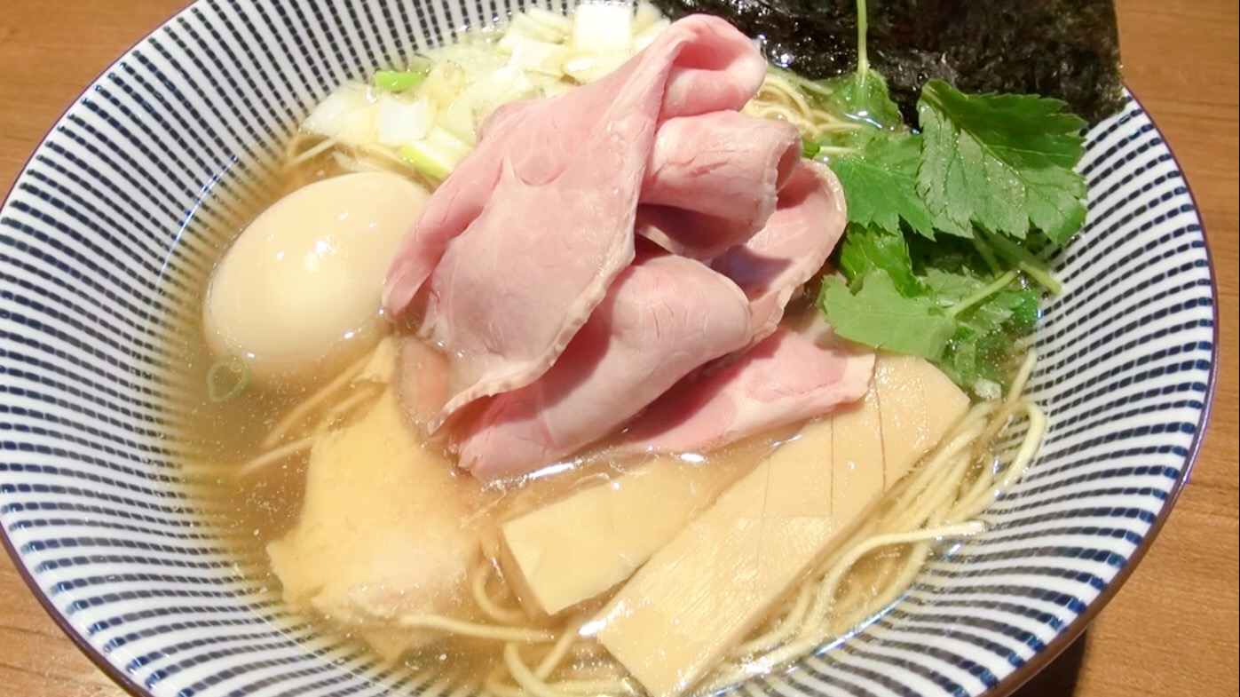 【寿製麺よしかわ】煮干そば白醤油+特製トッピング (埼玉県川越市今福) 第185回