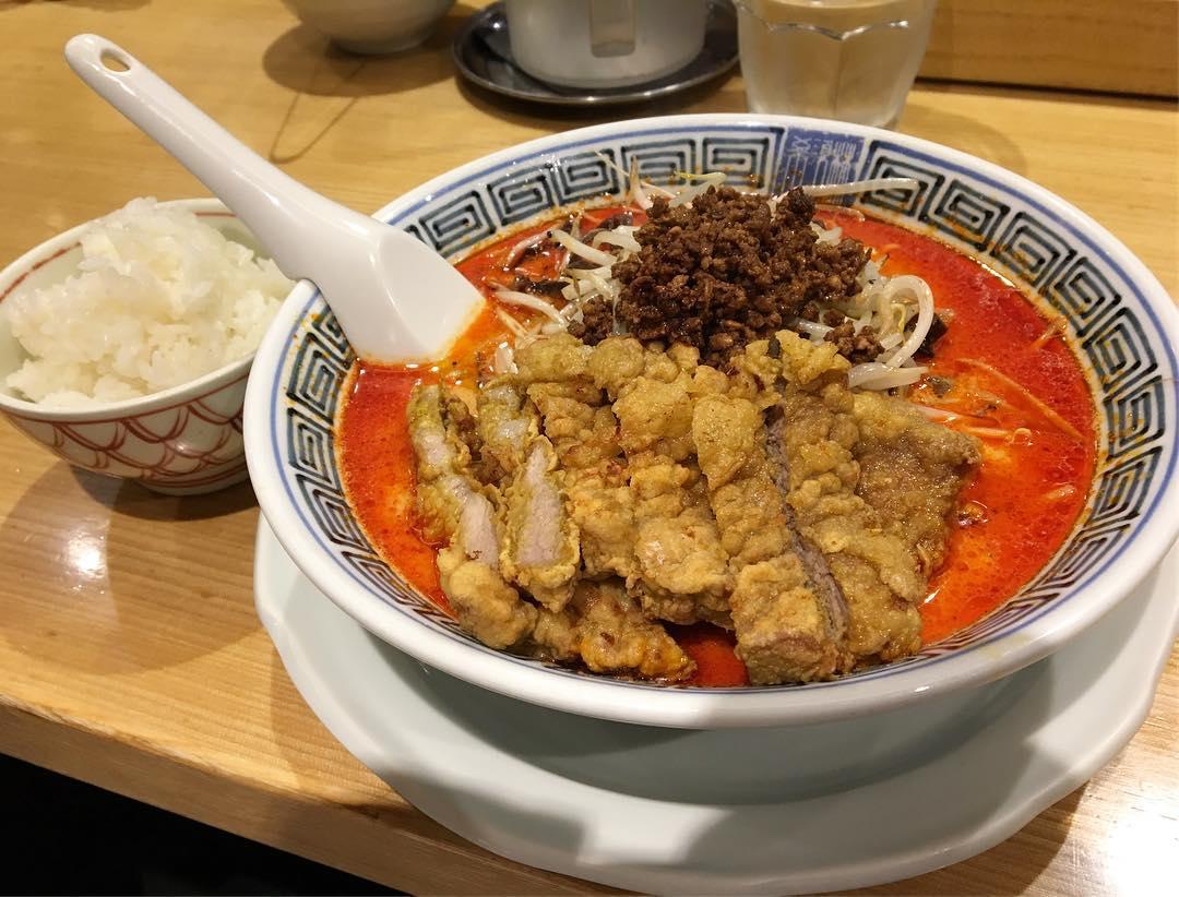 【希須林 担々麺屋 赤坂店】排骨担々麺(四辛) (東京都港区赤坂) 第582回