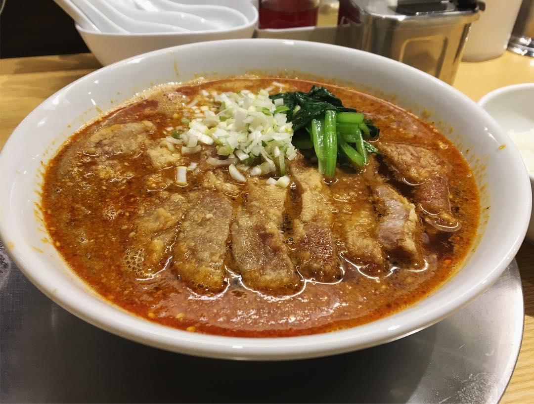 【排骨担々 五ノ井】排骨担々麺 (東京都千代田区神田猿楽町) 第1135回