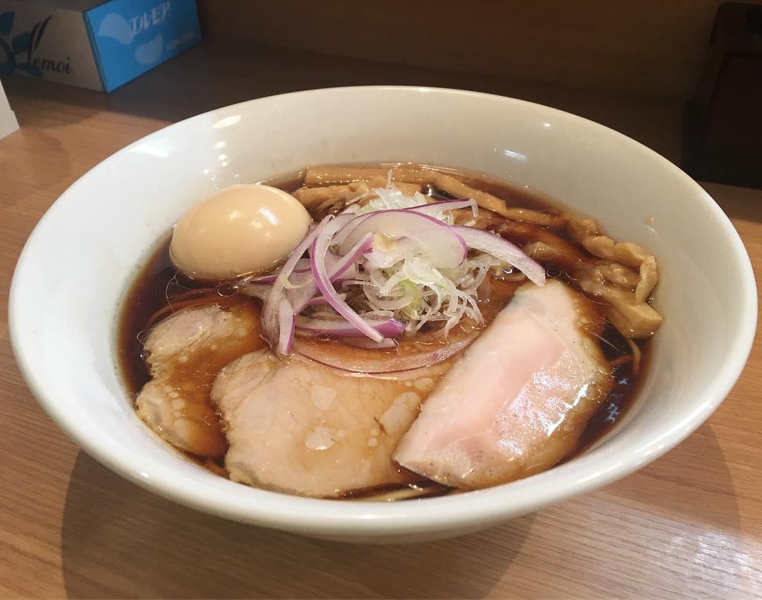 【本格中華蕎麦 ゆるぎ】特製醤油らぁめん (東京都中野区野方) 第826回