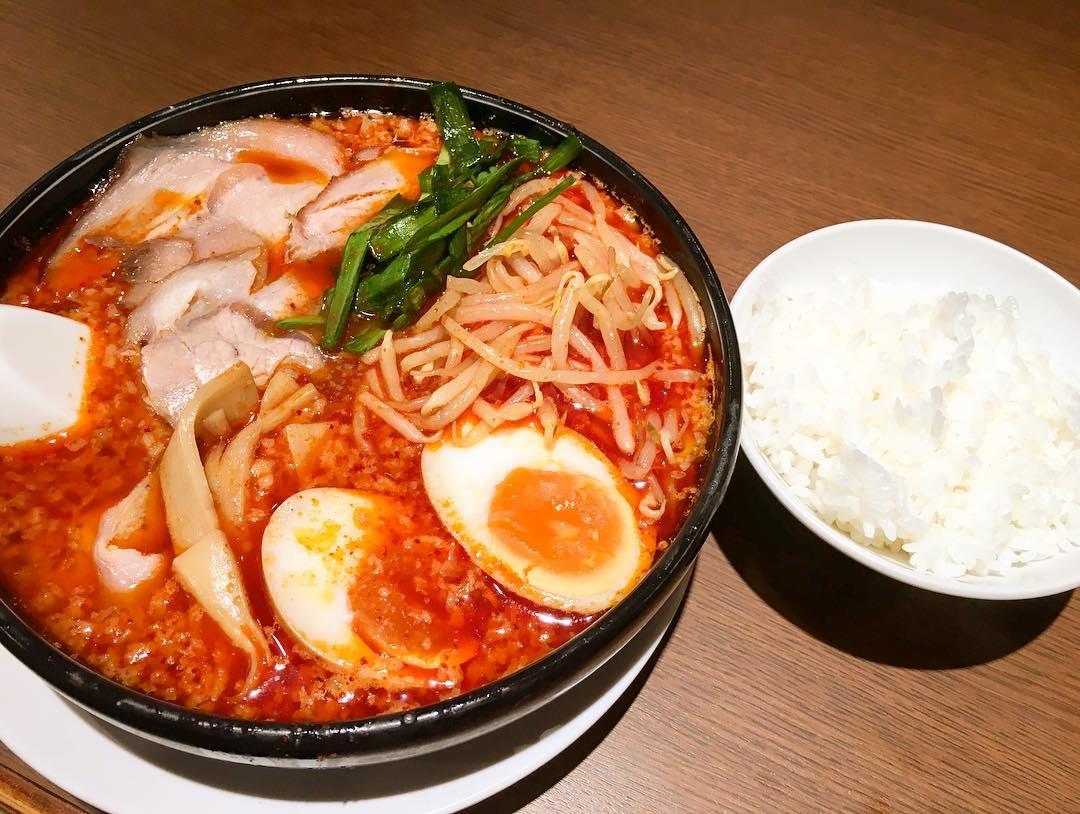 【来来亭 石神井店】旨辛麺(太麺)+チャーシュー (東京都練馬区石神井台) 第344回