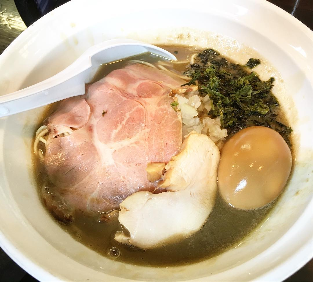 【濃麺 海月(くらげ)】煮干濃麺HV+和え玉 (千葉県千葉市中央区) 第349回