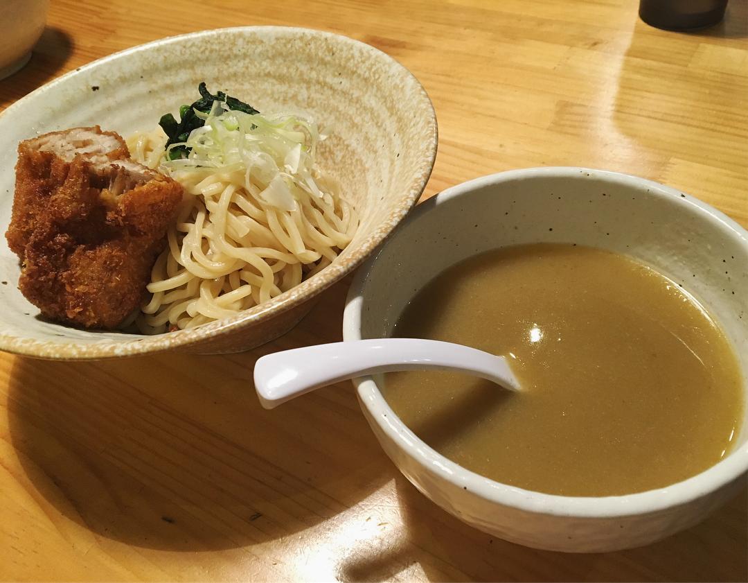 【蟻塚】グリーンカレーつけ麺 ミルフィーユカツ乗せ (東京都千代田区西神田) 第891回