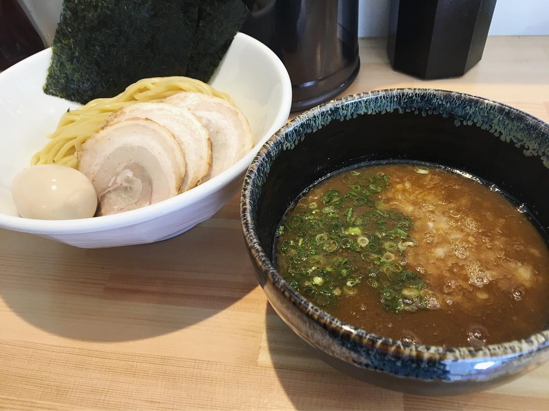 【麺処しろ】特製濃厚つけ麺 (千葉県市川市市川南) 第915回