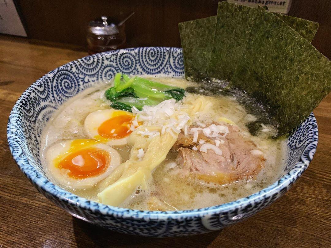 【麺屋なごみ】特製塩白湯麺 (東京都葛飾区青戸町) 第1269回