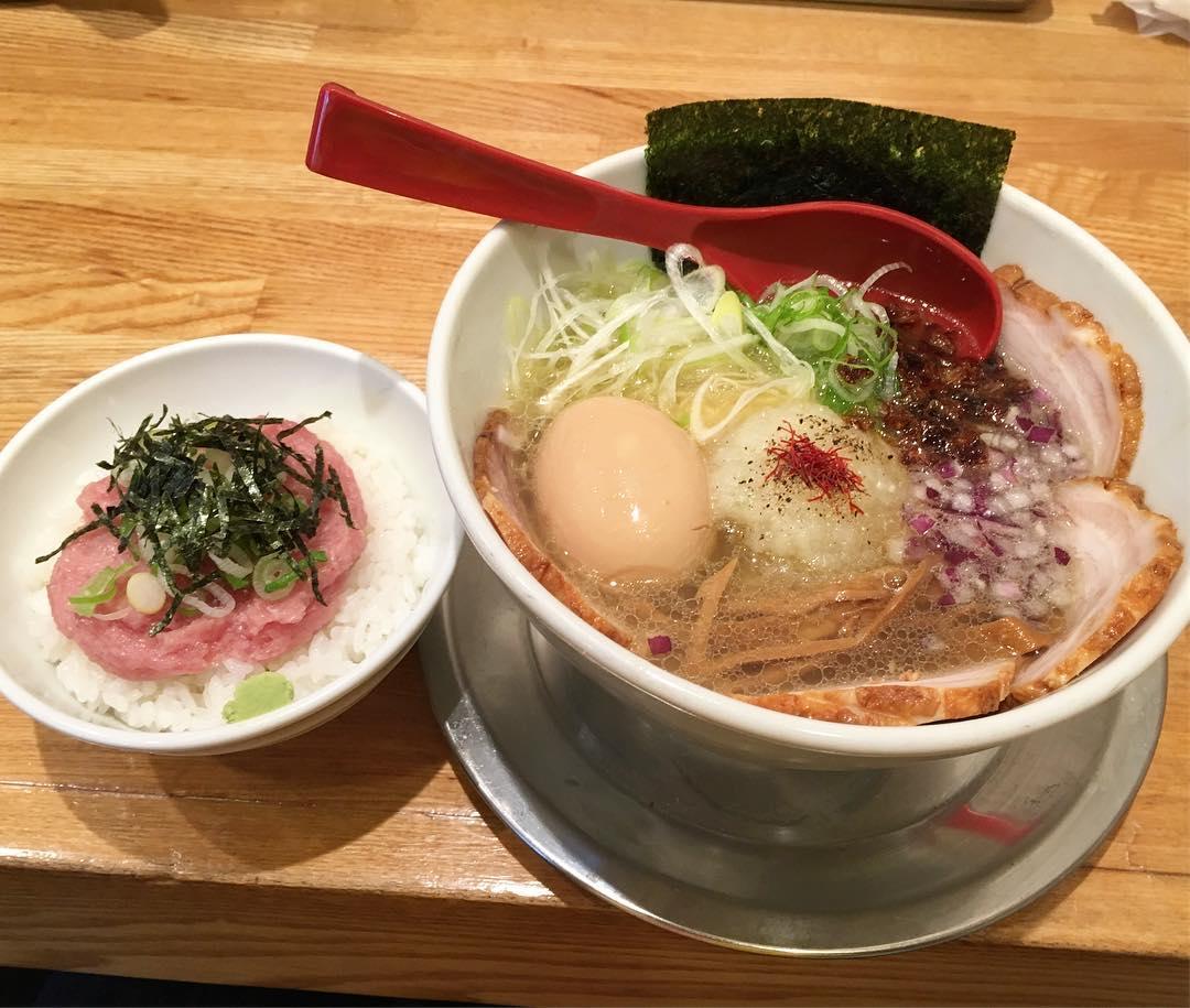 【麺屋 燕】極みネギ塩+煮たまご:チャーシュー (静岡県島田市御仮屋町) 第387回