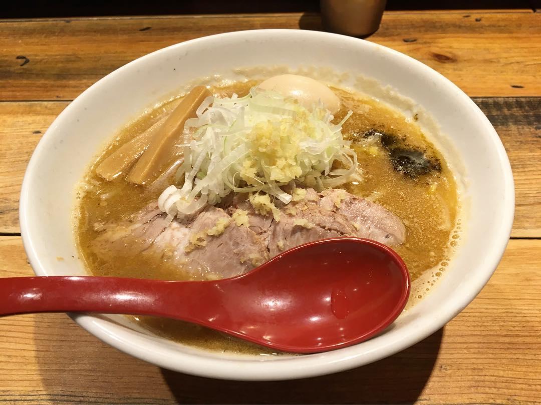 【麺屋 翔】特製味噌らーめん〜札幌風〜 (東京都新宿区西新宿) 第724回