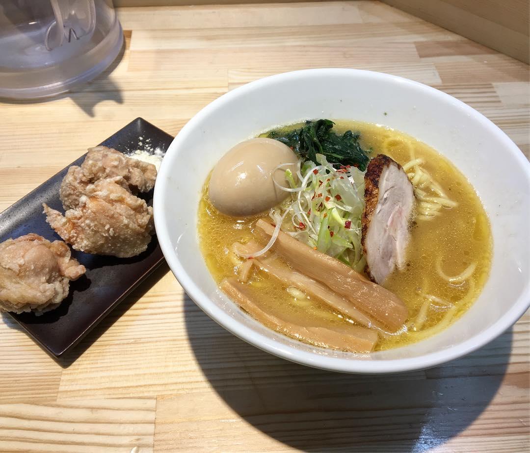 【麺屋 龍】鶏濃厚麺+味付け卵 (奈良県奈良市油坂地方町) 第496回