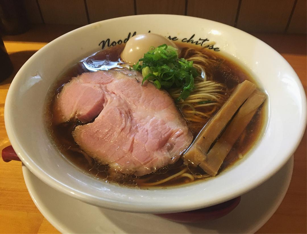 【麺庵ちとせ】醤油煮玉子ラーメン (東京都新宿区市谷台町) 第929回