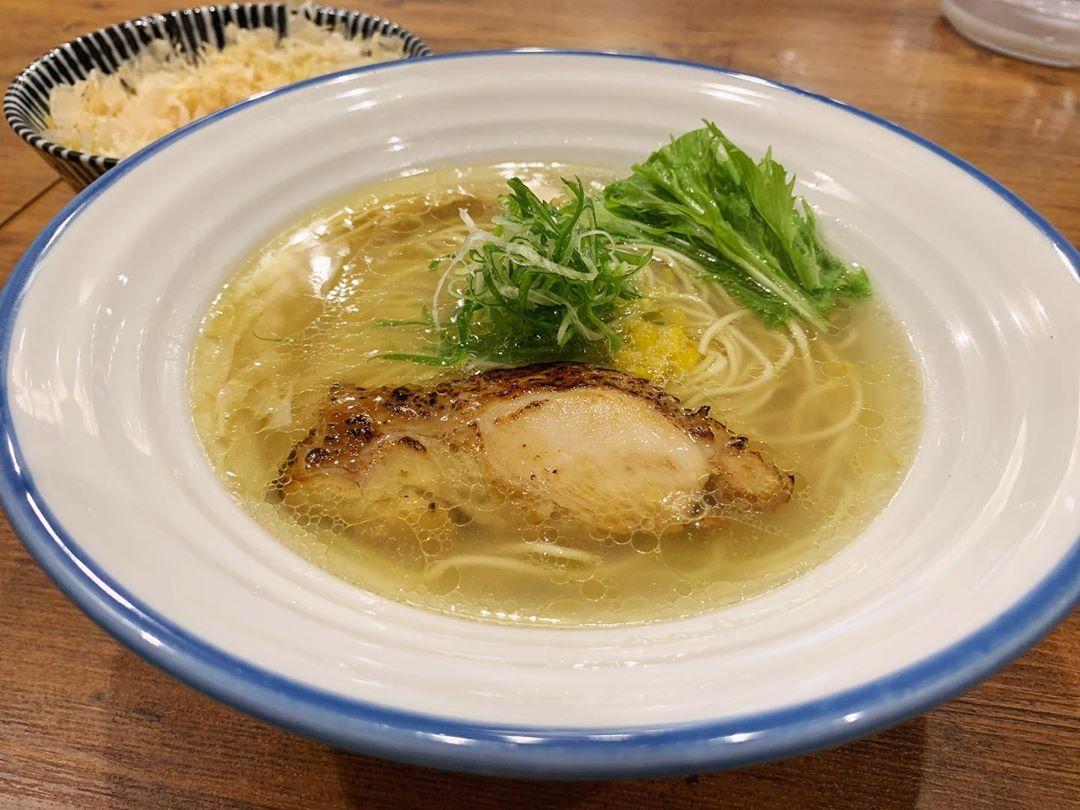 【麺宿 志いな】潮そば・鶏節卵かけごはん (東京都新宿区四谷) 第1410回