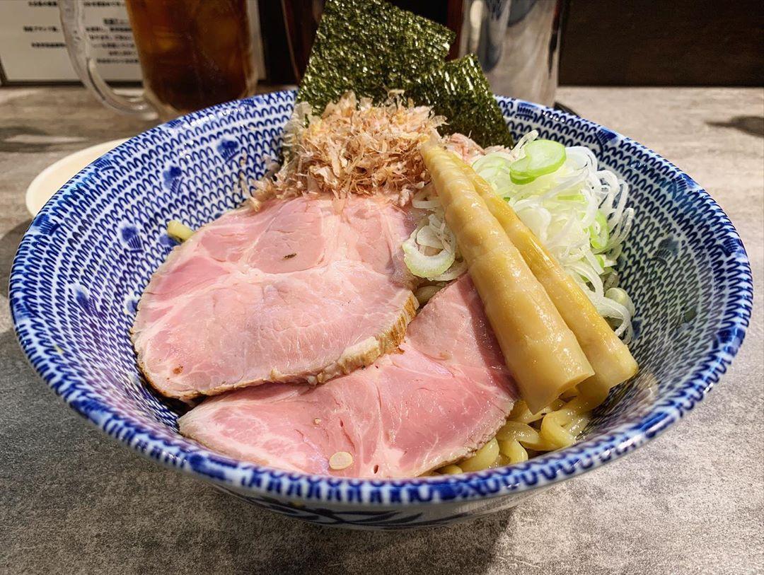 【図星】油SOBA(普通盛) +温泉卵 (東京都新宿区戸塚町) 第1428回