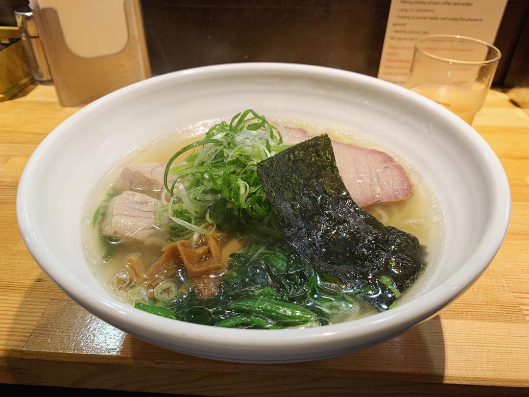 【巌哲】鮪塩(しびしお)ラーメン (東京都新宿区西早稲田) 第1449回