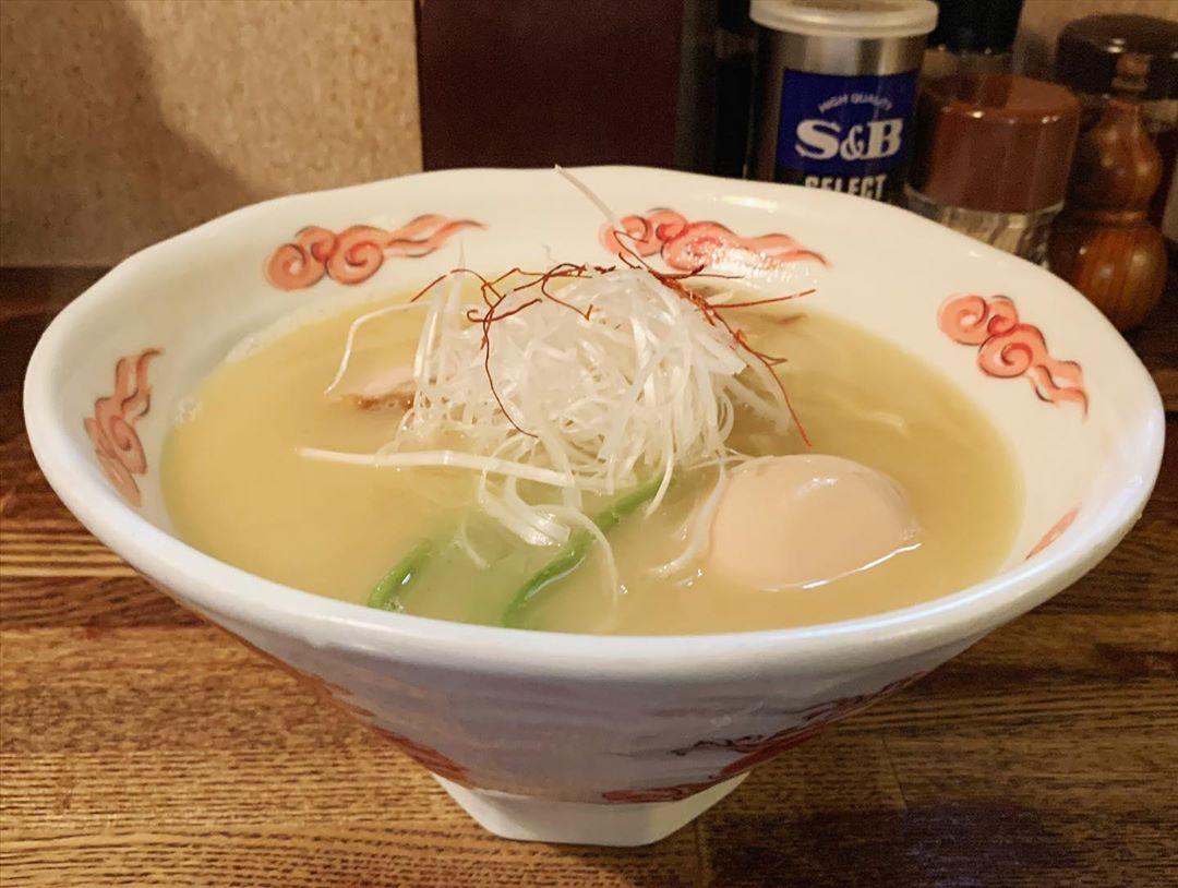 【麺酒処 ぶらり】鶏白湯らーxめん(玉子入り) (東京都荒川区東日暮里) 第1438回