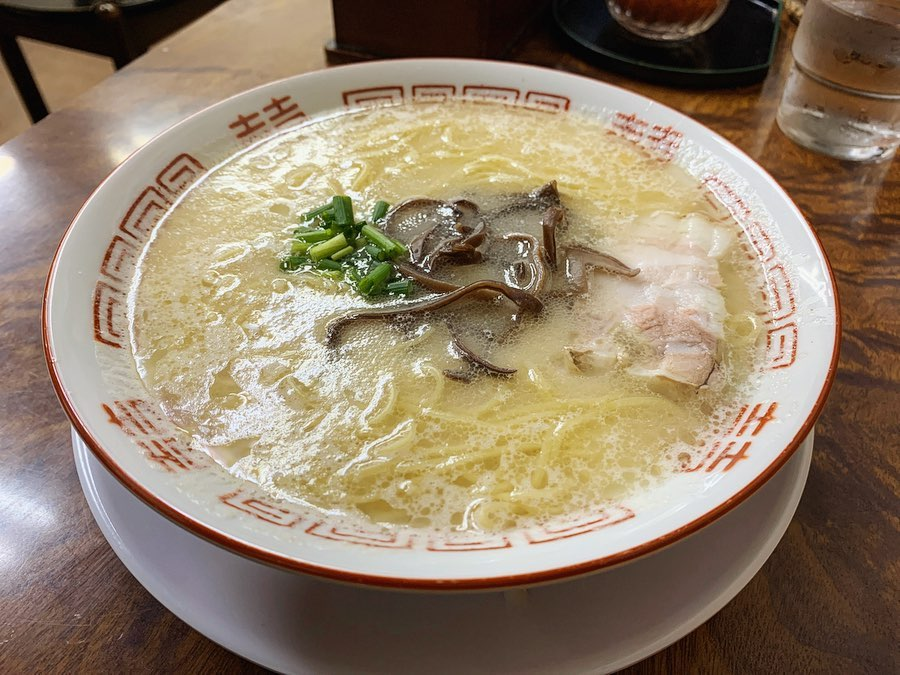 【博多元気一杯!!】ラーメン+カレー味替玉 (福岡県福岡市博多区) 第1487回