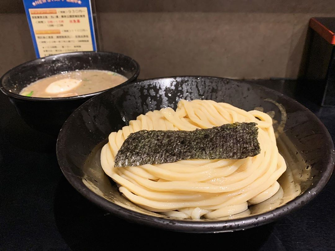 【つけ麺無心】豚骨つけ麺(半熟味玉入)+骨付きスペアリブ (奈良県奈良市中町) 第1572回